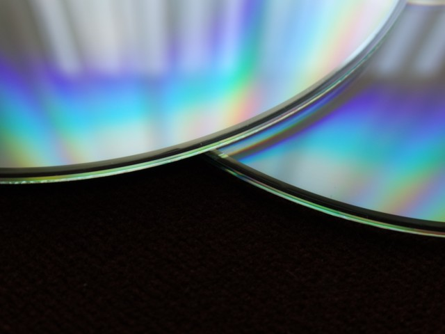 cd-close-up-compact-disc-51346.jpg