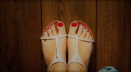 sandals2-932756_640.jpg?1531037767