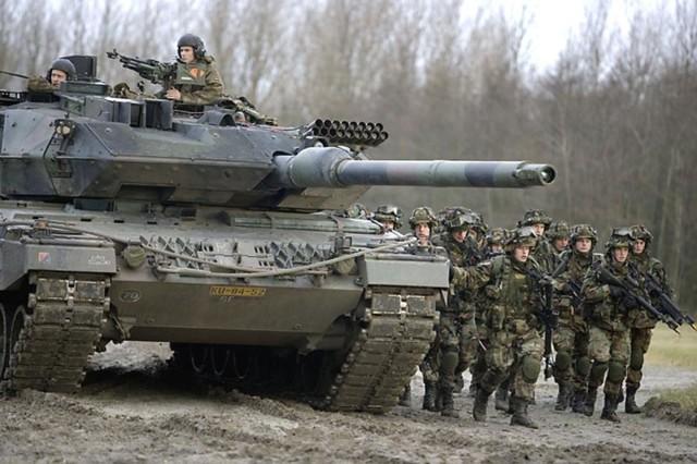 Leopard%202%20A6%20%28Nederland%29_003.j