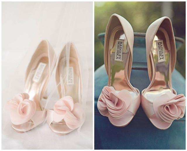 chaussures de mariage rose orné de fleurs