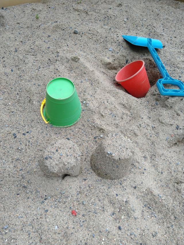 hiekkalaatikko.jpg