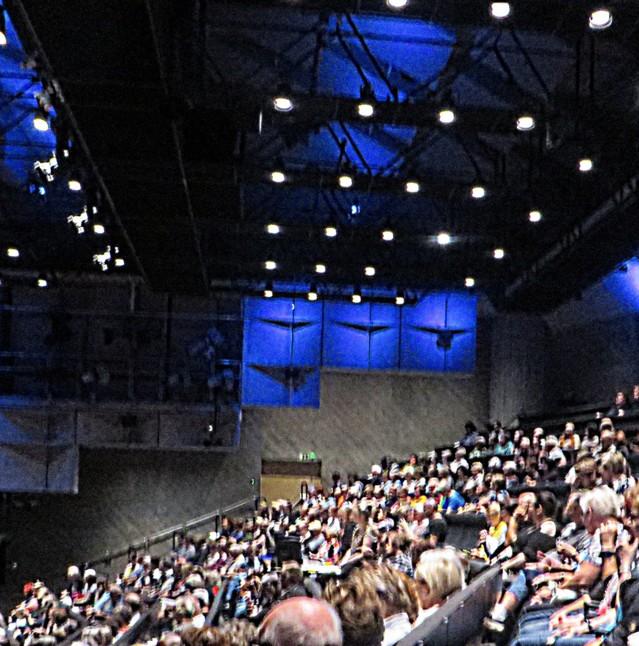 Teatterikauden%202019%20avajaisia.jpg