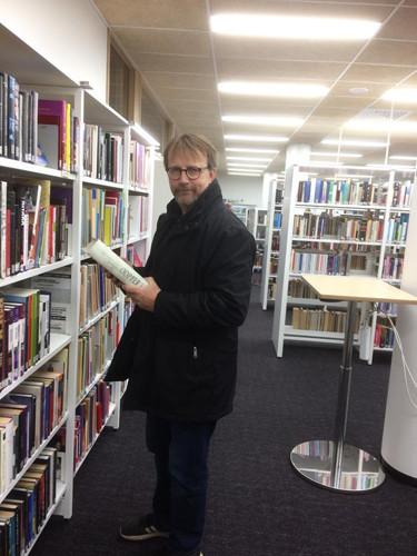 kirjasto2.jpg