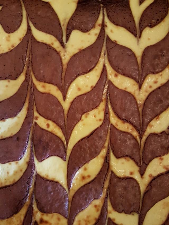 Red%20Velvet%20-Brownie%2C%20gluton%2C%2