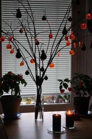 halloweenkoristeet20201031.jpg