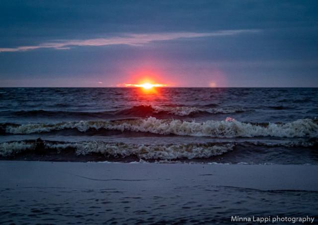 Auringon%20laskiessa-13.jpg