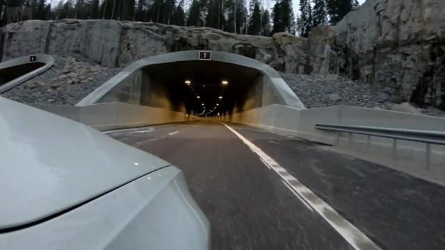 Maantietunneli.jpg
