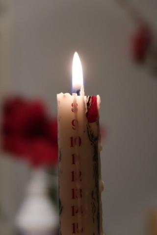 10.12.kalenterikynttila.jpg