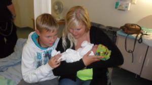 Roni, Anne ja vauva (4).JPG