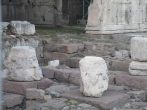 Augustuksen temppeli (2).JPG