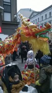 kiinalainen uusi vuosi keskuskadulla.jpg