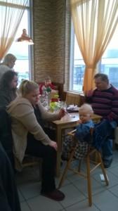 Janin syntymäpäivät turkkilaisessa ravintolassa.jpg
