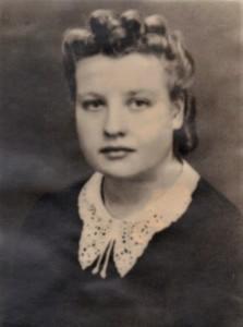 Äiti nuorena (2).jpg