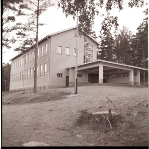 Hangelby skola.jpg
